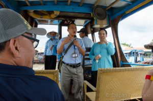 26 Vy_let do delty Mekongu a nas_i pru_vodci