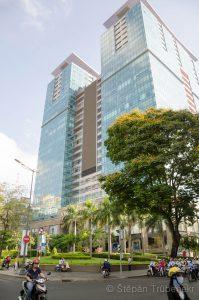46 Centrum Saigonu je velice moderni_