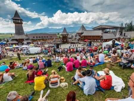 Tam, kde to žije ľudovou hudbou. Naj slovenské folklórne festivaly